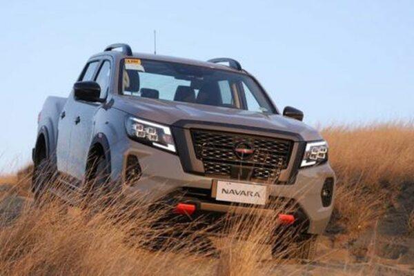 Nissan Navara trong vài năm tới sẽ sử dụng khung gầm của… Mitsubishi Triton