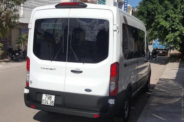 Ford Transit 2020 bất ngờ lăn bánh trên đường phố Việt Nam