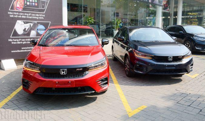 Cận Tết Nguyên đán 2021, nhiều ô tô khan hàng đại lý không có xe bán