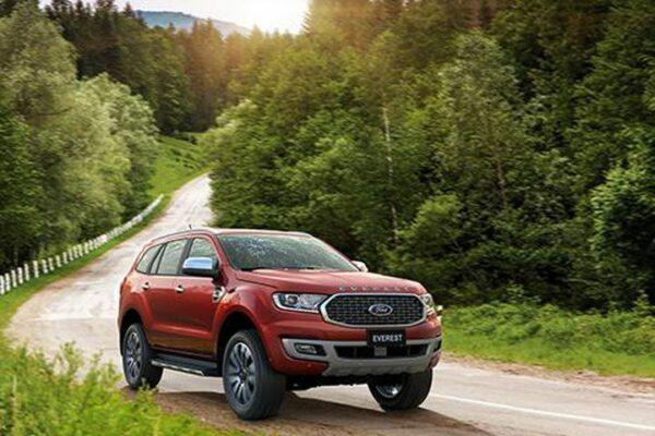 Ford Everest – công nghệ thông minh, ngoại hình mạnh mẽ